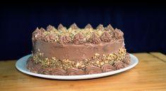 Cel mai bun tort cu ciocolata Cum se pregateste totul cu ciocolata. Mod de preparareBlat Separa albusurile de galbenusuri. Mai, Caramel, Desserts, Food, Cakes, Kuchen, Essen, Recipies, Sticky Toffee