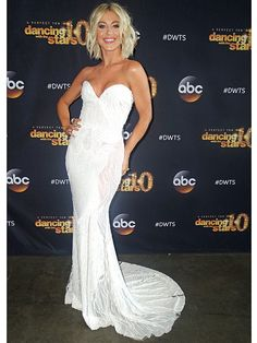 Julianne Hough's DWTS Photo Diary: Learn All About Her White-Hot Finale Look http://stylenews.peoplestylewatch.com/2015/05/20/julianne-houghs-dwts-finale-photo-diary/