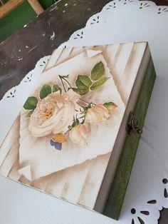 Cajas María bonita 7221644067, Toluca Mex. Diy And Crafts, Arts And Crafts, Decoupage Vintage, Vintage Box, Gisele, Painted Furniture, Drawings, Tableware, Painting
