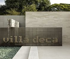 villa deca, são paulo ⊚ pinned by www.megwise.it #megwise #environmentalgraphics #signage: