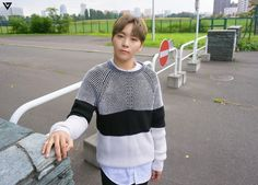 Photos from #바암개비 (Pinwheel) - Seungkwan // SEVENTEEN