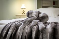 Real Chinchilla Fur Bed Cover This throw is angelic to the touch and is softer than anything you can imagine. It is tailor made with real fur and makes an excellent addition to anyone's bed, no matter the size or shape. Bed Deck, Faux Fur Bedding, Fur Blanket, Fur Throw, Blanket Sizes, Quilt Bedding, Cool Rooms, Bed Covers, Bed Spreads