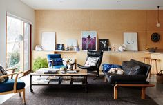 The Sederof family living room. Photo –  Annette O'Brien. Production – Lucy Feagins / The Design Files.