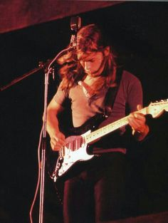 Seeing as how KOLluvah & I have highjacked the Good Looking Men thread with pictures of David Gilmour.I decided it would be best to create our own thread for the other Pink Floyd/Gilmour fans on David Gilmour Pink Floyd, Richard Wright, Best Guitarist, Most Handsome Men, In The Flesh, Good Looking Men, Music Bands, Gorgeous Men, Cool Bands
