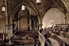 Abandoned Church Detroit 2/09 by Detroit Liger, via Flickr