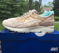 3/3 ... #sneakercongress #suedetacos - @offspringhq x @asics 20th anniversary pair #CoventGarden - #offspring #Asics #asicsgallery #teamasics #ilovekicks #icollectkicks #solecollector #kicks0l0gy #kickstagram #igsneakers #iganeakerhead #igsneakergang #igsneakercommunity #runners #runnergang #runnersonly by zavir55