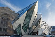 The Toronto Art Gallery (A.G.O.) frank ghery, may I say, looks like it quite possibly may be inspired by Daniel liberskind