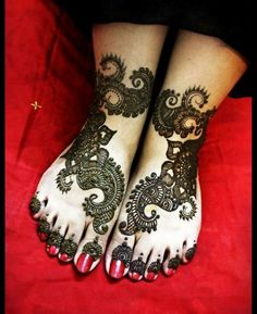 Marriage Mehndi Design for Feet