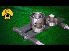 What can be done with three bearings! Metal Bending Tools, Metal Working Tools, Metal Tools, Homemade Lathe, Homemade Tools, Folding Workbench, Diy Workbench, Home Tools, Diy Tools