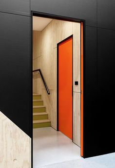 If we do black moving walls the edges should be red or klein blue.: