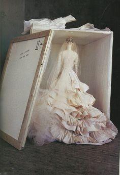 Christian Lacroix Haute Couture - 95 - Irving Penn