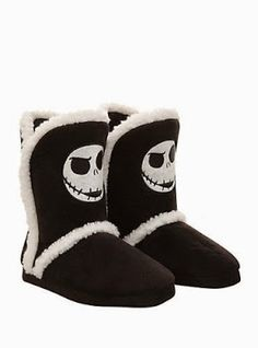 Goth Shopaholic: Warming Up in Wintertime with Jack Skellington - Jack Skellington boot slippers