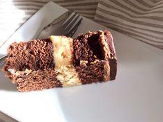 vannillarock | Biscoff/peanut butter cake filling