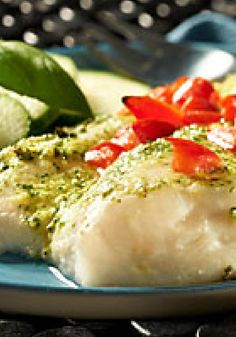 Creamy Pesto Fish — Top haddock fillets with MIRACLE WHIP dressing, pesto, chopped tomatoes—and voilà! You've got this Creamy Pesto Fish healthy living recipe, ready to please four lucky diners. Kraft Recipes, Fish Recipes, Seafood Recipes, Recipies, Healthy Living Recipes, Healthy Dinners, Delicious Dinner Recipes, Yummy Food, Haddock Recipes