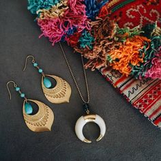 Add boho details to any outfit with our new arrivals from Charme Silkiner #boho #bohemian #turquoise #accessories