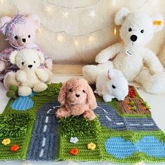 Play mat for babies, play mat for kids, baby activity mat, baby blanket size Travel Toys For Toddlers, Toddler Travel, Kids Toys, Baby Blanket Size, Montessori Baby Toys, Expecting Mom Gifts, Activity Mat, Sensory Toys, Baby Play