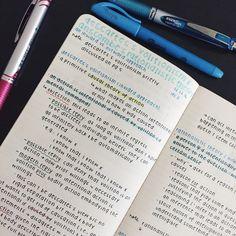 Motivation for University School Organization Notes, Study Organization, College Notes, School Notes, Pretty Notes, Good Notes, Pretty Handwriting, School Study Tips, Study Hard