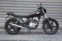 Honda-CB-250-Cheap-Tracker-2.jpg (1600×1064)