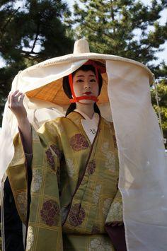 Geiko Miharu (Gion Higashi) as Madame Fujiwara-Tameie (Abutsu Ni) - Jidai Matsuri 2012