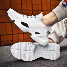 New Spring Ins Trend Sport Shoes Man Socks Shoes Running Shoes For Man – menstights Dad Sneakers, Air Max Sneakers, Trend Sport, Latest Mens Fashion, Men's Fashion, Sneaker Release, Running Shoes For Men, Sock Shoes, Types Of Shoes