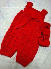 Amei fazer essa jardineira e sapatinho...para um bebê que vai chegar muito querido e abençoado.. a receita tirei do blog Mimos em trico beb... Crochet Baby Sweaters, Crochet Kids Hats, Crochet Bebe, Crochet Dolls, Knit Crochet, Baby Boy Knitting Patterns, Baby Patterns, Baby Sleeping Bag Pattern, Baby Pants
