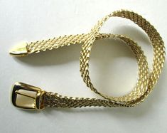 15 Simple and Stylish Gold Belt Designs for Women and Men