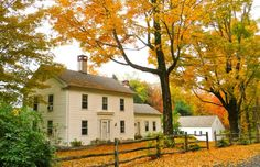 Isaac Holt House - Circa 1759, 1831, 2007 renovated.  I love this colonial surrounded by autumn leaves. I really need to experience fall in New England before I die!