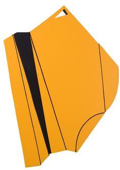 Galleria Marelia - Nicolato Gianfranco, Madi a double face giallo-nero, 2008, multistrati, smalti, alluminio, cm 60x60x3