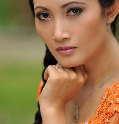Types Of Fashion Indonesian Women Prefer - JWCEY