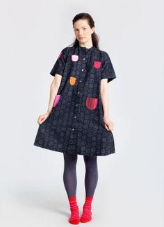 i absolutely adore the classic lotsa pockets iloinen takki marimekko dress, yes i have one and it's wonderful <3