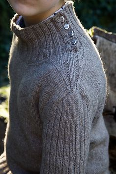 Ravelry: Pullman pattern by Christelle Nihoul More
