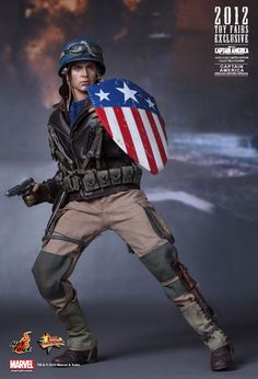 Hot Toys : Captain America: The First Avenger - Captain America (Rescue Uniform Version) (2012 Toy Fairs Exclusive) 1/6th scale Limited Edition Collectible Figurine