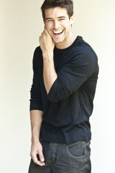 Swooning over Bernardo Velasco these days that killer smile....TㅁT....