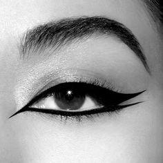 Punk Makeup, Edgy Makeup, Makeup Eye Looks, Grunge Makeup, Eye Makeup Art, No Eyeliner Makeup, Eye Makeup Tips, Makeup Inspo, Makeup Inspiration