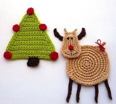 Crochet Christmas Reindeer. These would be cute Christmas coasters :)