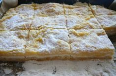 Streukuchen mit Quark A very simple cake made without making a dough. Still, he is delicious. I baked it on a small baking sheet. Easy Cake Recipes, Sweet Recipes, Dessert Recipes, Pie Recipes, Sweet Desserts, Delicious Desserts, Vegan Fruit Cake, Vegetarian Breakfast Recipes, Czech Recipes