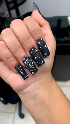 Black Matte Acrylic Nails, Matte Nails Glitter, Black Ombre Nails, Colored Acrylic Nails, Almond Acrylic Nails, Gel Nails, Black And Purple Nails, Black Nail Art, Vampire Nails