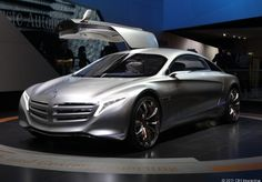 This Mercedes-Benz F125 research vehicle drives over 600 miles on hydrogen