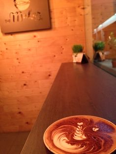Swan latte art