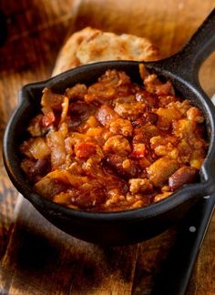 Gluten Free Soup, Gluten Free Cooking, Chili Recipes, Healthy Recipes, Chili Ingredients, Boiled Chicken, How To Cook Beans, Turkey Chili, Stuffed Whole Chicken