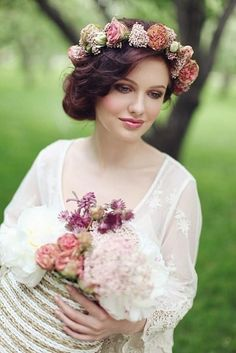 Amazing Floral Wedding Headpieces For Beautiful Bride Ideas
