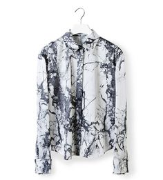Plan B anna evers Inspiration marble print 9 Fashion Art, Mens Fashion, Marble Print, Moda Fitness, Textiles, Saint Laurent, Printed Shirts, Passion For Fashion, Nice Dresses