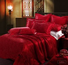 red | Luxury 8-piece #Red Jacquard #bedding set