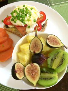 Avocado Egg, Food To Make, Homemade, Drinks, Breakfast, Desserts, Drinking, Morning Coffee, Tailgate Desserts