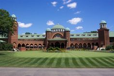 This is where the reception will be! Medinah Country Club, where the 2012 Ryders Cup Gold Tournament will be held! Whoo!