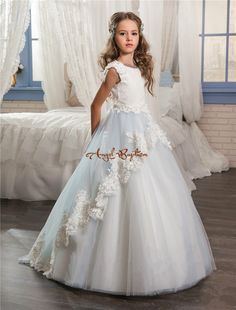 96.98$ Buy now - 2017 Cheap baby blue and white Flower Girls Dresses Ball Gown Lace Appliques Kids Girls Communion Pageant Dresses with train #aliexpressideas