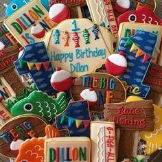 The big One! #decoratedcookies #decoratedsugarcookies #cookies #sweets #dessert #fishingcookies #firstbirthdaycookies #fishing #birthdaycookies #cookiesofinstagram #customcookies #thebigone #ofishallyone #birthday