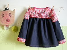 If I could just read French! Fashion Sewing, Kids Fashion, Little Girl Dresses, Girls Dresses, Blog Couture, Cool Kids Clothes, Kids Wardrobe, Sewing Clothes, Models