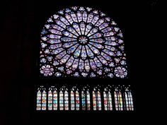 The north rose window stained glass of Gothic Rayonnant style from de Notre Dame de Paris or Notre-Dame Cathedral in Paris of France. Stained Glass Rose, Stained Glass Church, Stained Glass Windows, Leaded Glass, Mosaic Glass, L'art Du Vitrail, Art Et Architecture, Belle France, Rose Window