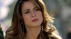 O cabelo de Morena (Nanda Costa) está dando o que falar! Que cabelo é aquele gente? Perfeito, né? Morena é uma típica mulher brasileira, de origem muito